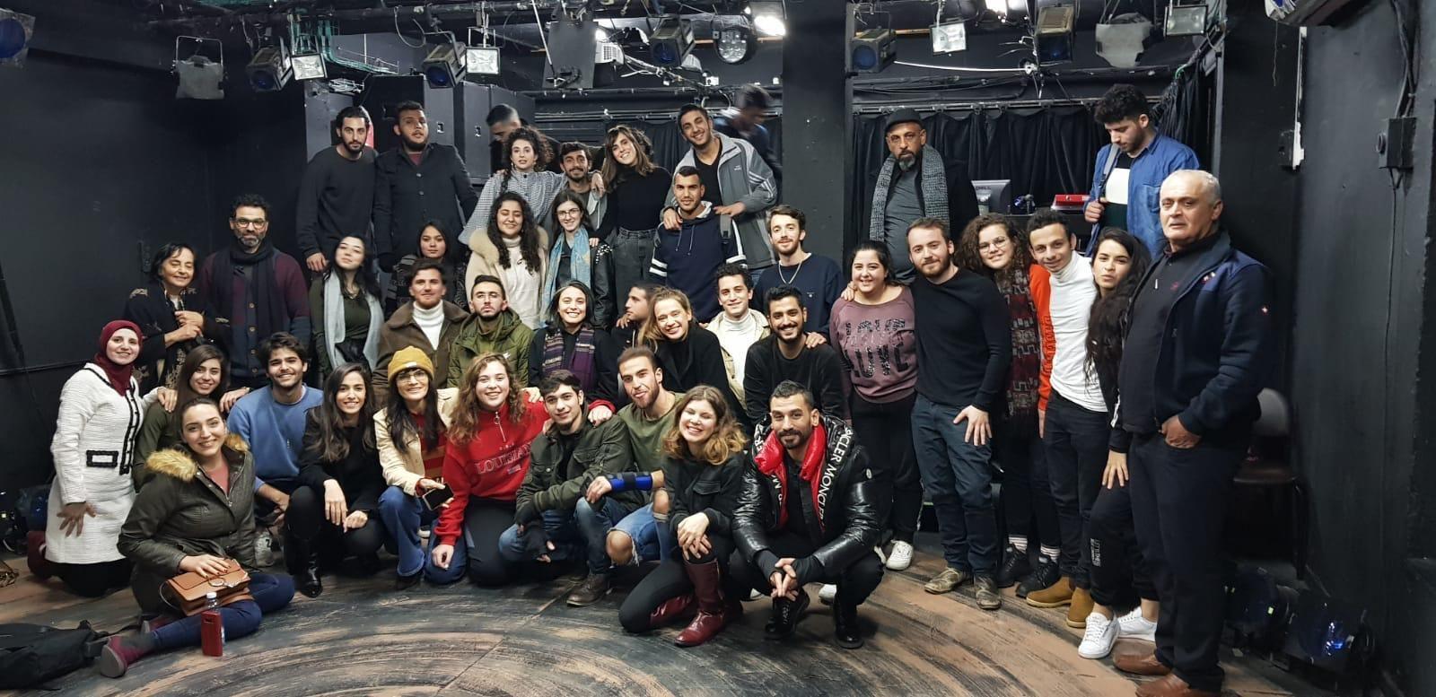 תלמידי המכינה של מרכז הפרינג' בנצרת, שהיא שלוחה של הסטודיו, ביקרו בתל אביב לצפיה בהצגות הסטודיו ושיחה עם סטודנטים