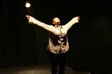 שני חדרים – מאת לי בלסינג תיאטרון בוגרים