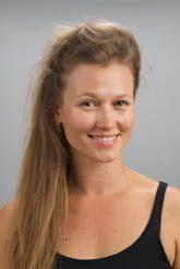 """""""עברה את הגשר"""" – ראיון בישראל היום עם לנה פרייפלד, בוגרת טרייה, שמככבת בתפקיד ראשי בתיאטרון"""