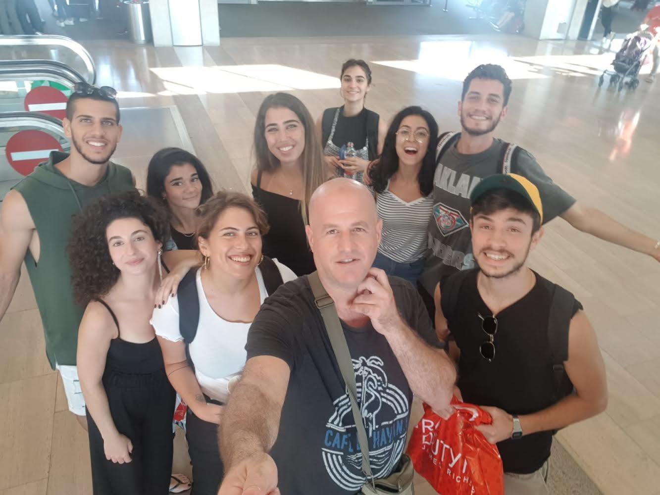 קבוצת שחקני הסטודיו והקהילה בפרויייקט בינלאומי בסלובניה